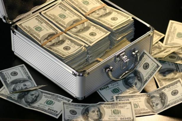 cufar dolari