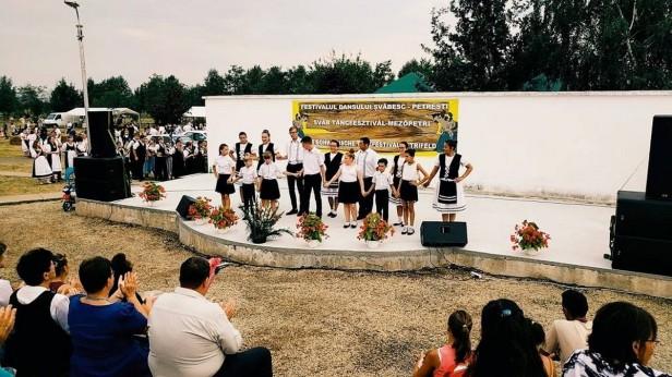 festival petresti